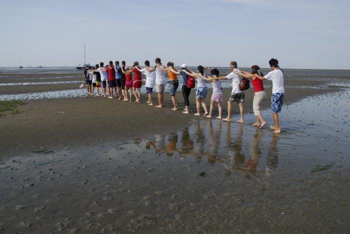 Gruppenerlebnis bei einer Wattexkursion