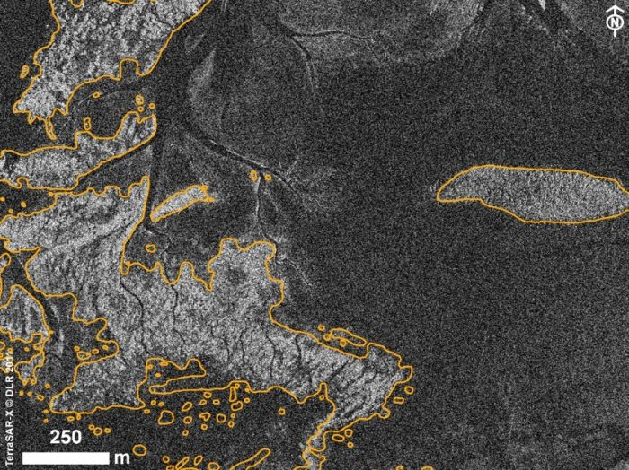 Muschelbänke in einer Aufnahme des TerraSAR-X aus dem Jahr 2011 (©TerraSAR-X © DLR)
