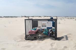 Strand-Müll-Box
